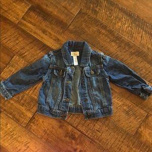 Gap jean jacket size 12-18 month